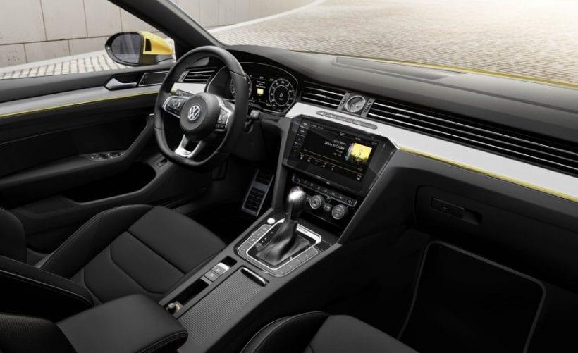 2018 Volkswagen Arteon interior
