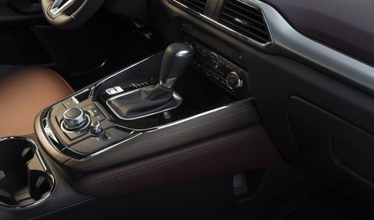 2016 Mazda CX-9 Review7