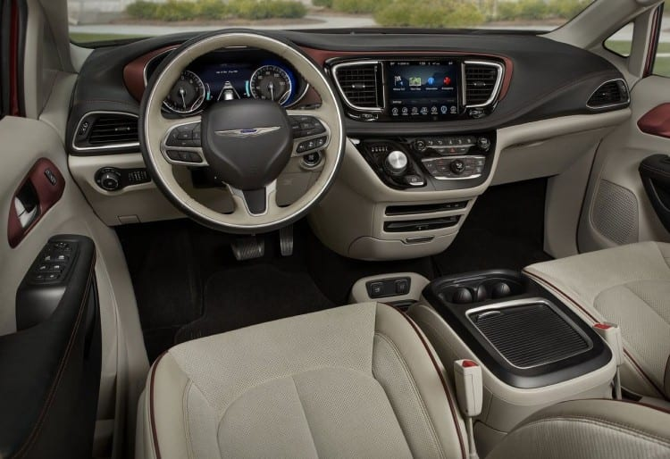 2017 Chrysler Pacifica Interior Front View