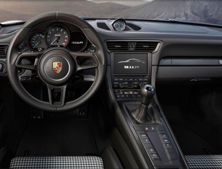 2017 Porsche 911 R2