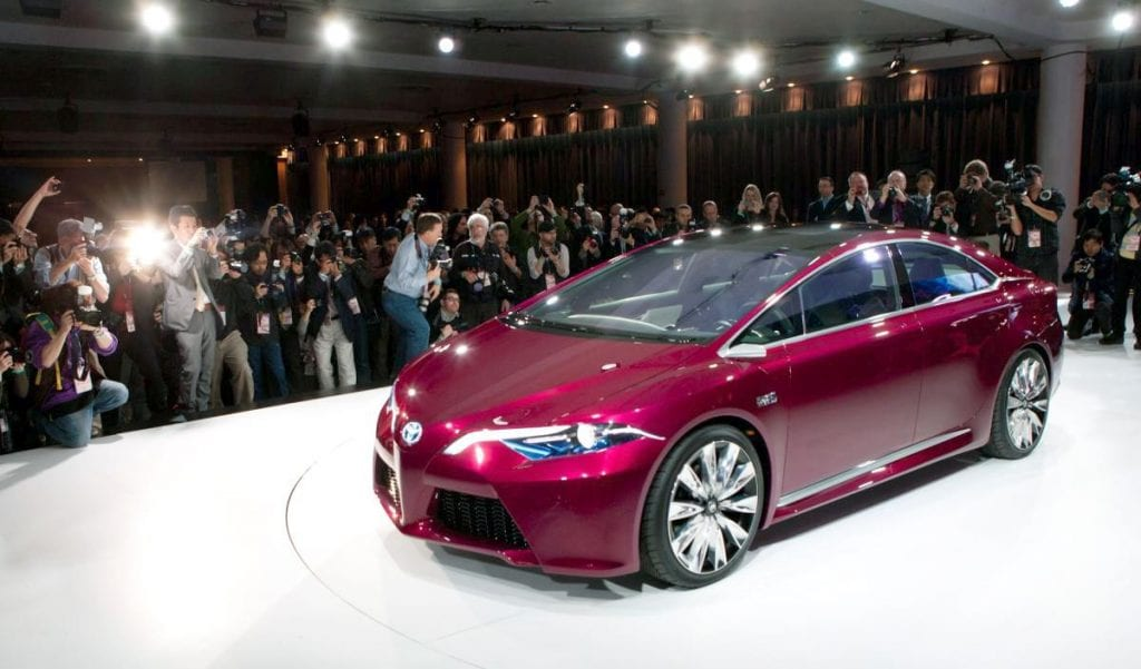 Top recommended hybrids and electric cars review specs