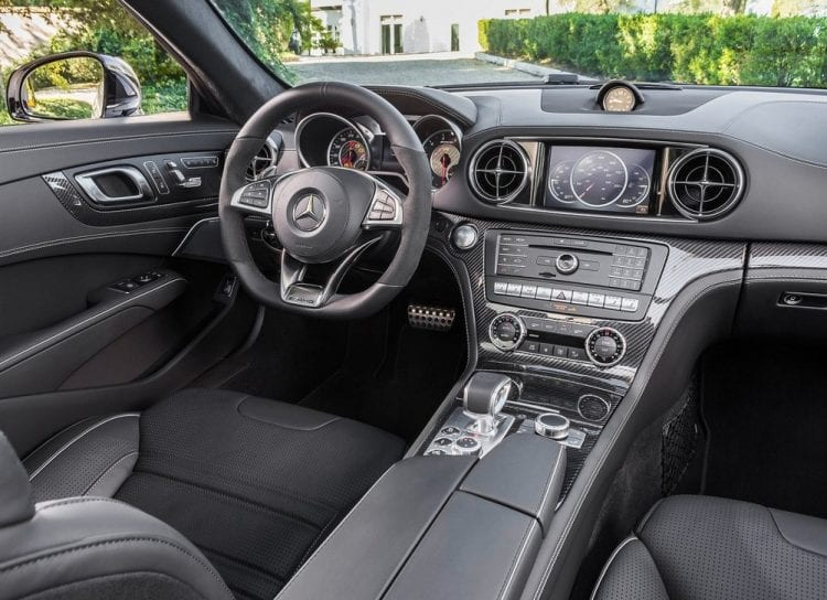 https://carsoid.com/wp-content/uploads/2016/04/2017-Mercedes-Benz-SL63-AMG-Dashboard-750x544.jpg