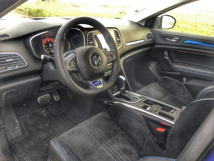 Renault megane 2016 interior price specs design for Interior renault megane