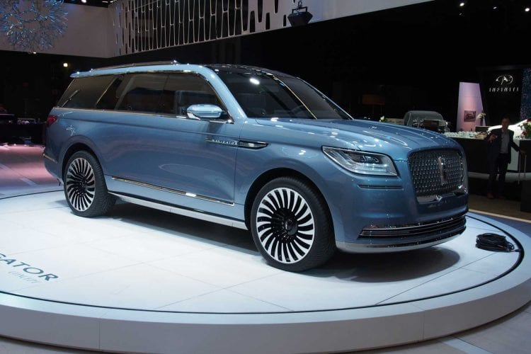 2018 Lincoln Navigator Concept view