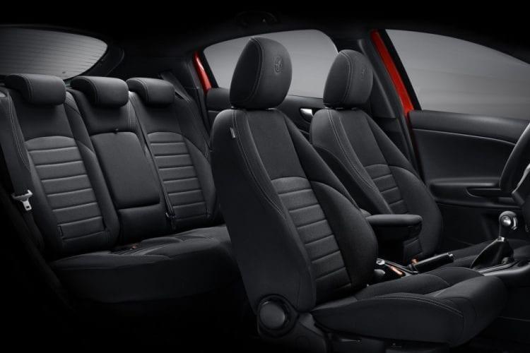 2016 Alfa Romeo Giulietta Interior