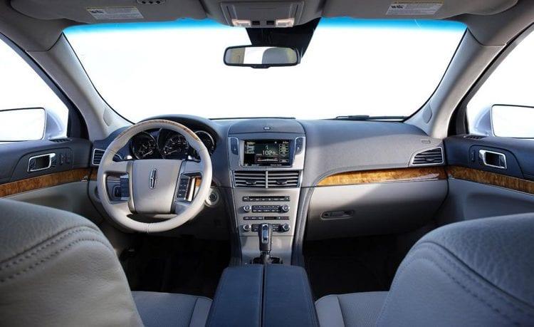 2016 Lincoln MKT Interior