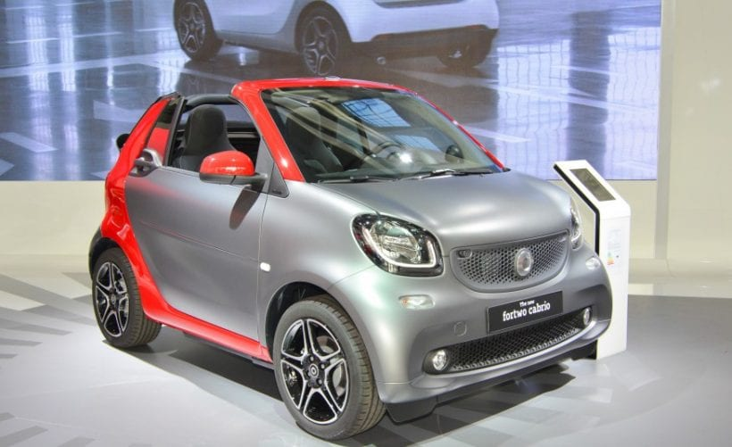 2016 smart fortwo cabrio design interior price. Black Bedroom Furniture Sets. Home Design Ideas
