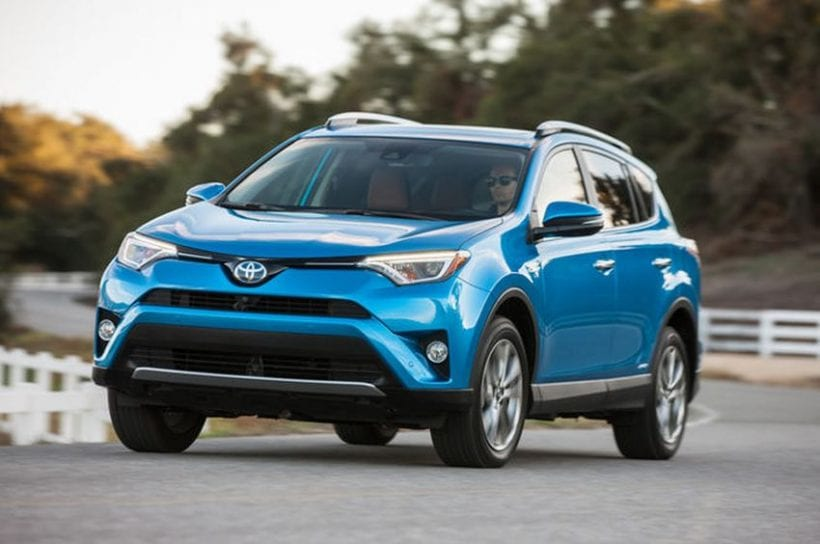 2016 toyota rav4 changes price review. Black Bedroom Furniture Sets. Home Design Ideas