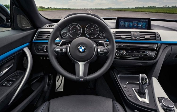 2018 bmw 3 series release date interior spy photos for Bmw serie 3 2018 interior