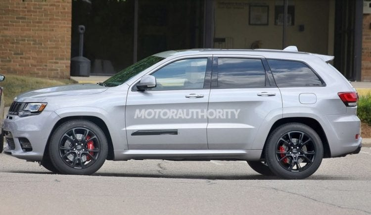 2018 jeep grand cherokee spy photos price release date. Black Bedroom Furniture Sets. Home Design Ideas