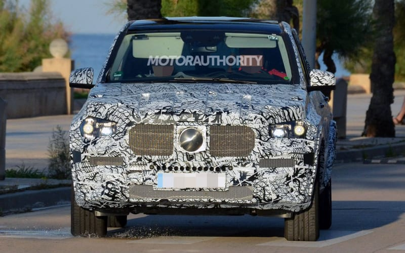 2019 Mercedes-Benz GLE Spy Shot 01