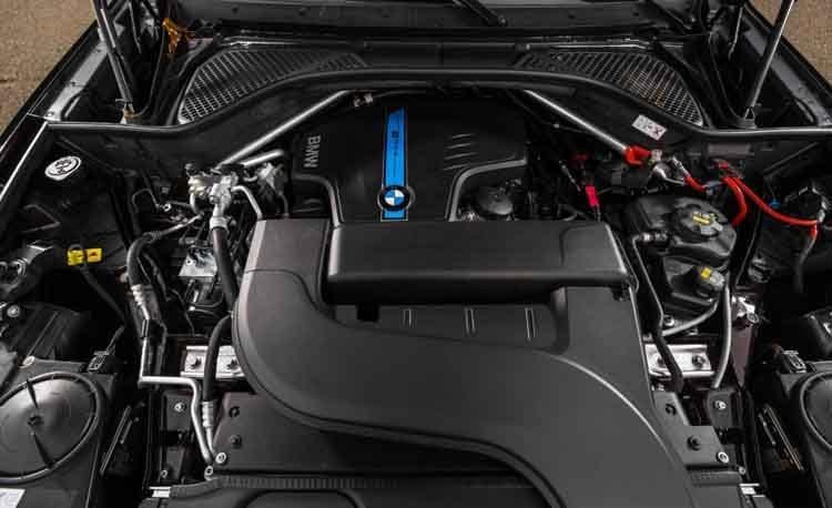2016 BMW X5 engine