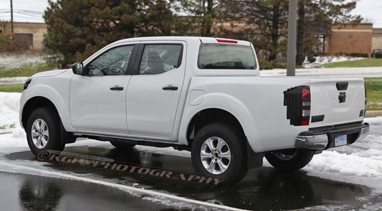 2017 Nissan Frontier Spy Photo; Source: topspeed.com