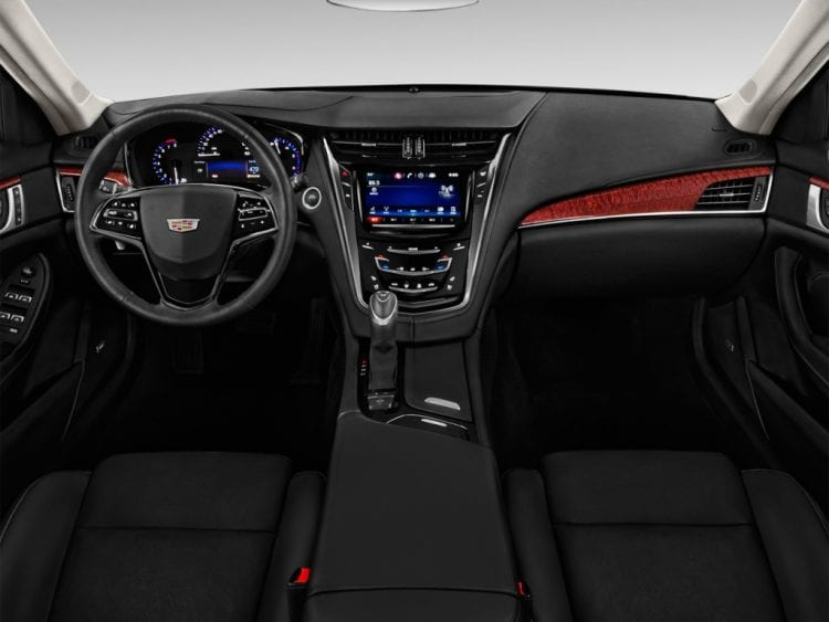 2016 Cadillac CTS Dashboard - Source: thecarconnection.com