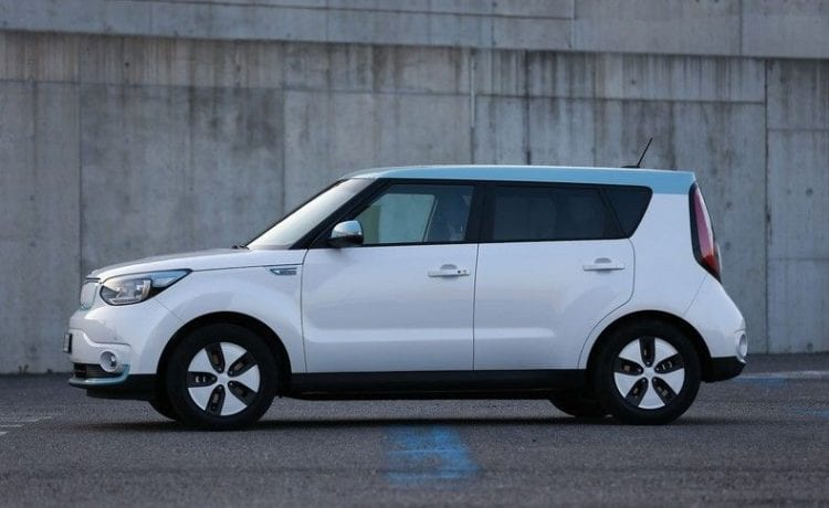 2017 Kia Soul EV side view