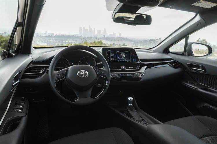 2018 Toyota C-HR Inetrior