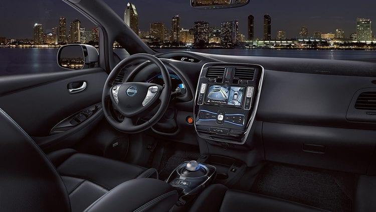 2017 Nissan Leaf interior