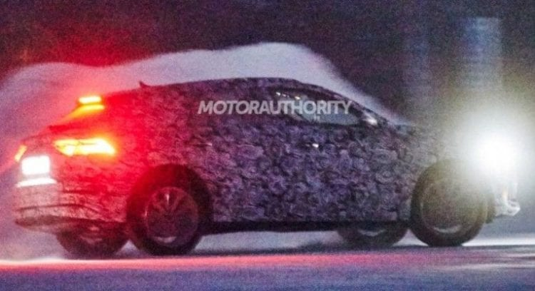 2020 Audi Q8 spy photos