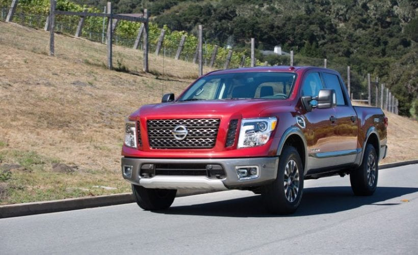 2017 nissan titan king cab don 39 t stop here price specs release date. Black Bedroom Furniture Sets. Home Design Ideas
