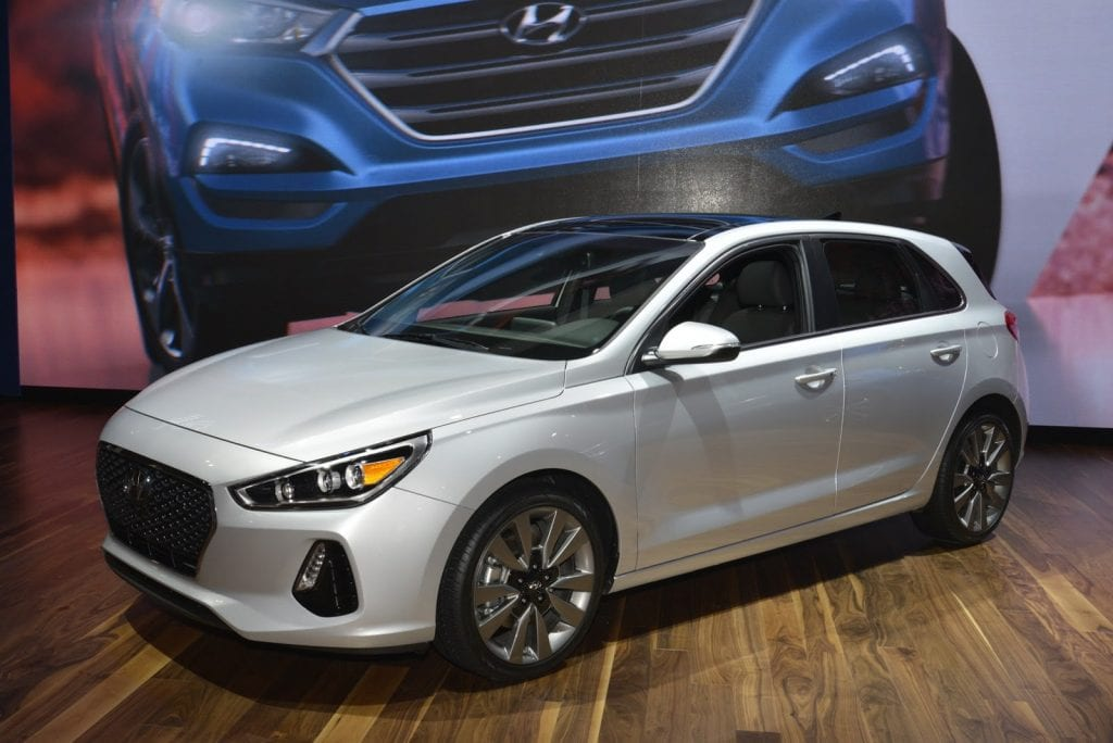 2018 hyundai elantra gt i30 39 s side with bleak future. Black Bedroom Furniture Sets. Home Design Ideas