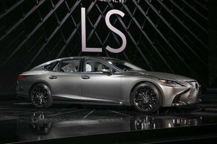 2018 lexus ls 500h design price interior exterior. Black Bedroom Furniture Sets. Home Design Ideas