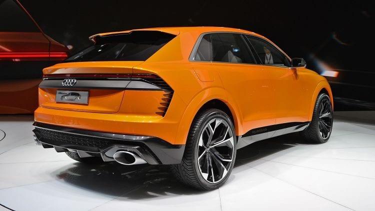 2017 Audi Q8 Sport Concept side view 2