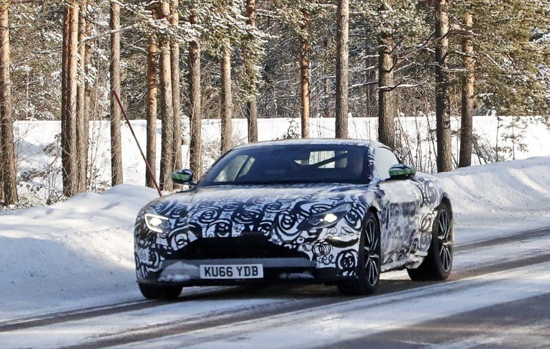 2018 Aston Martin DB11 S design