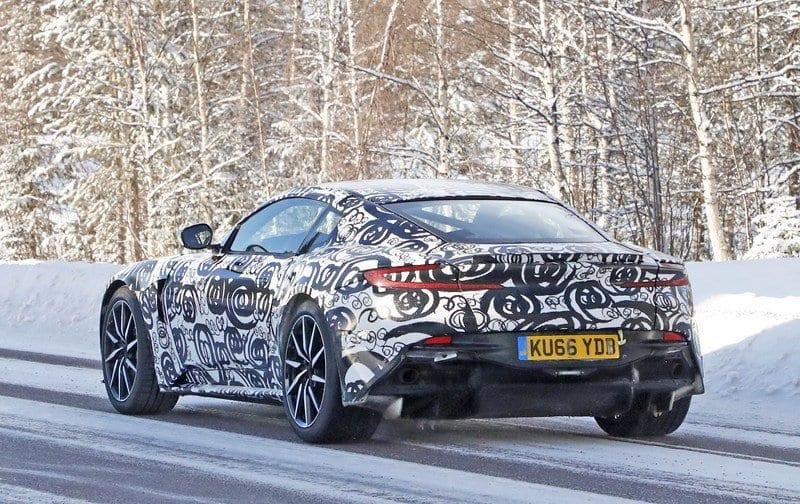 2018 Aston Martin DB11 S performance