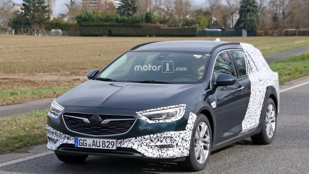 2018 opel insignia country tourer spy photos price release date. Black Bedroom Furniture Sets. Home Design Ideas