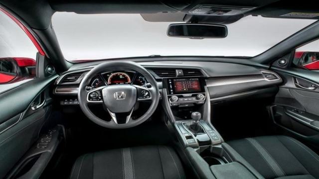 Mazda 3 vs Honda Civic Hatchback interior