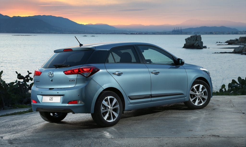 2017 Hyundai I20 Price Design Engine Specs Review