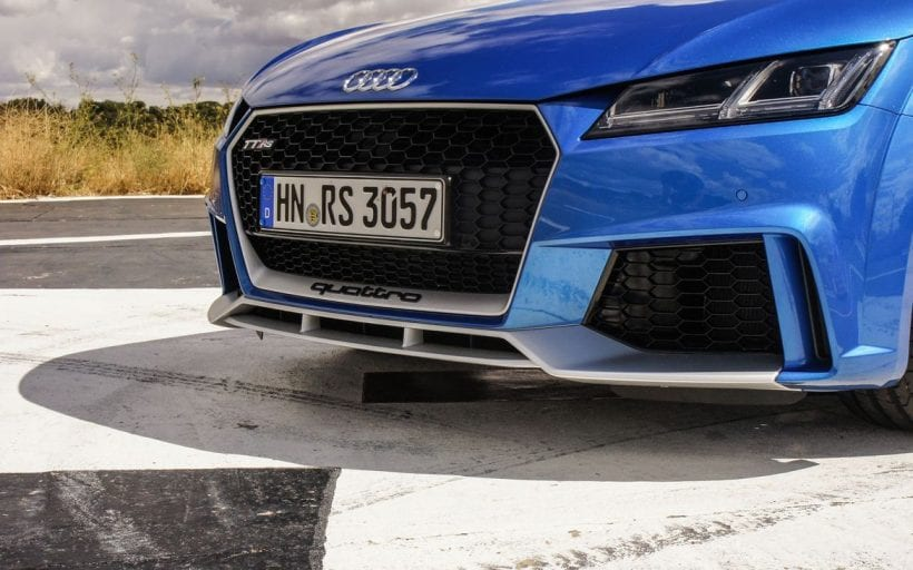 2018 Audi TT RS light
