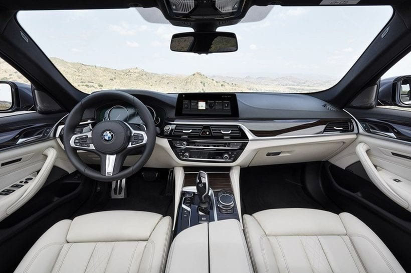 2018 BMW 2 Series Convertible interior