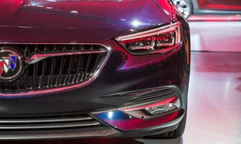 2018 Buick Regal Sportback front
