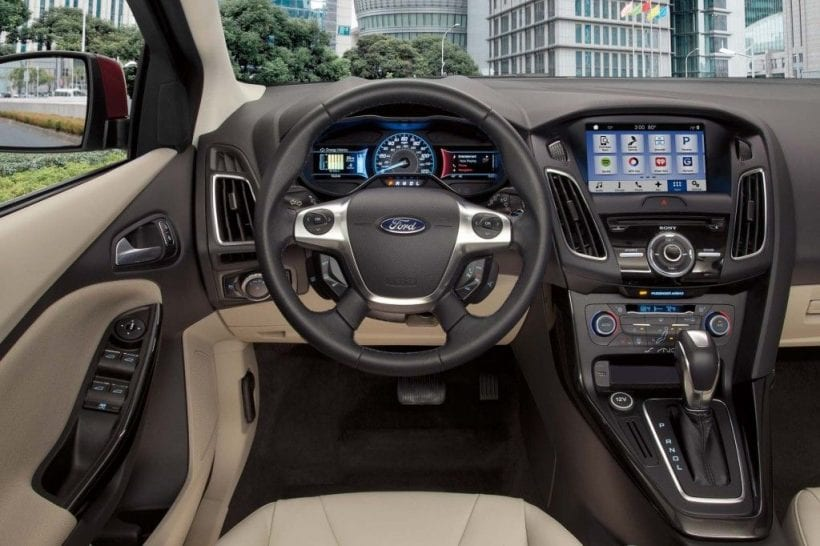 2018 Ford Focus Electric dashboard