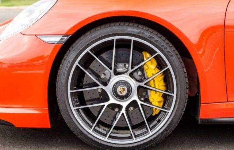 2017 Porsche 911 Turbo S wheel