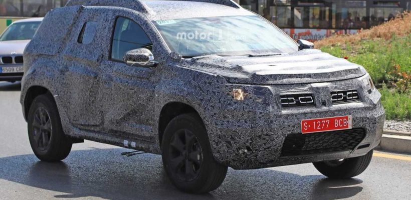 2018 Dacia Duster right side