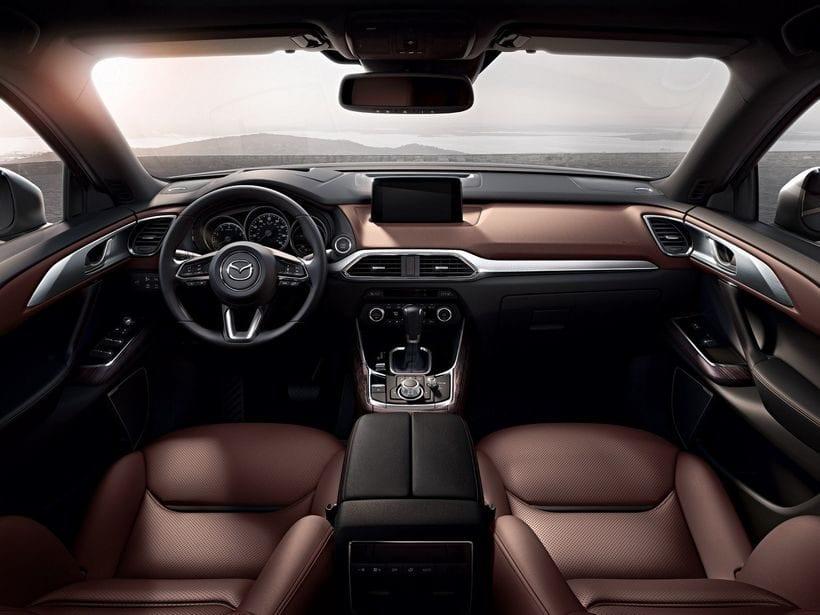 2018 Mazda CX-8 interior
