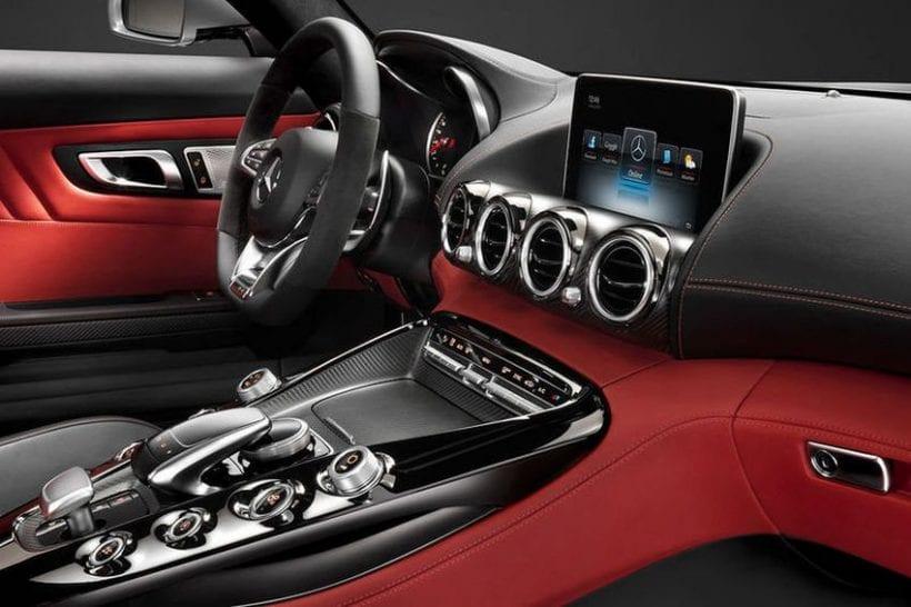2019 Mercedes-AMG GT4 interior