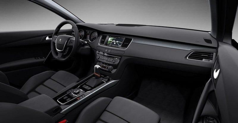 2018 Peugeot 508 interior