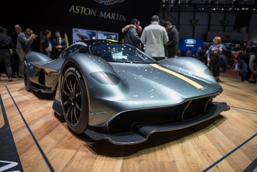 2018 Aston Martin Valkyrie main image