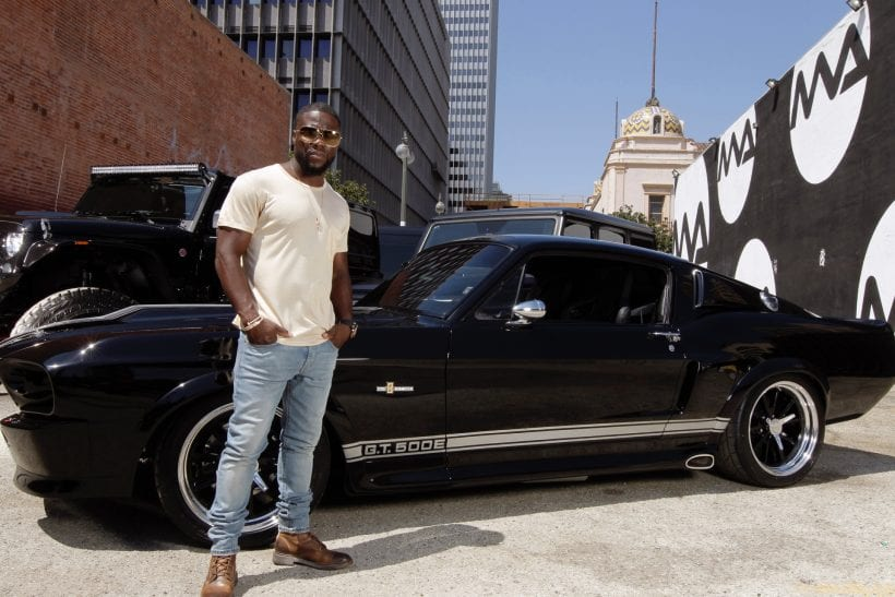 V8 Jeep Wrangler >> Kevin Hart's Car Collection - Celebrity Cars