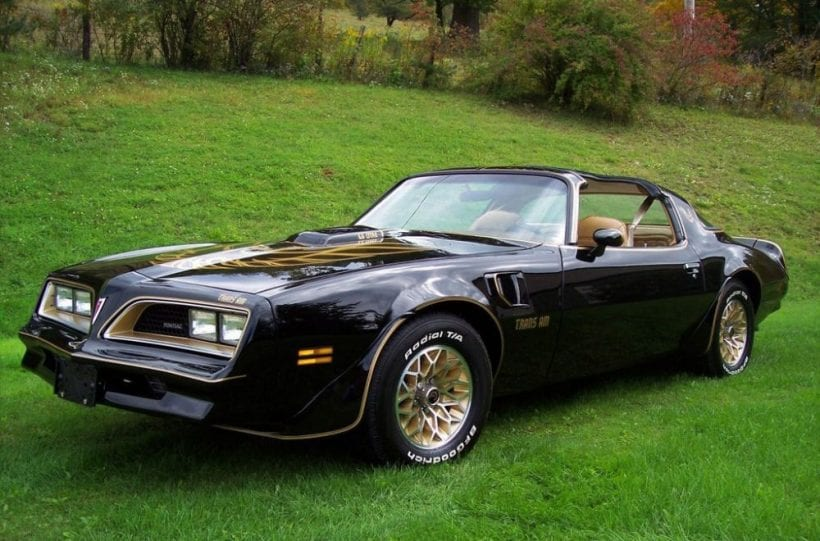 top 10 best classic muscle cars. Black Bedroom Furniture Sets. Home Design Ideas