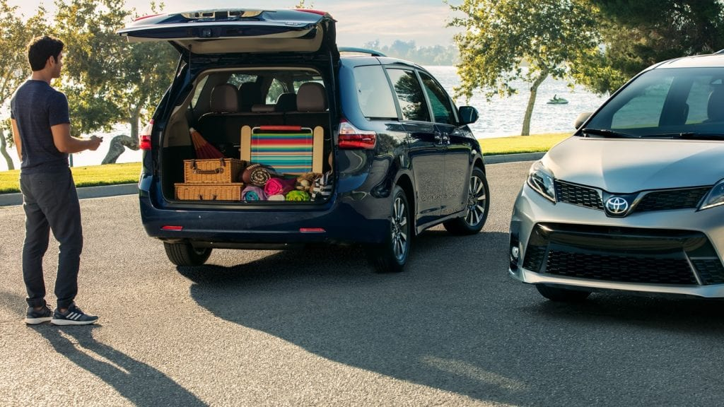 Toyota Sienna 2019 Redesign >> 2019 Toyota Sienna Redesign, Release date, Interior, Rumors, Photos